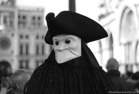 venetian_masks__la_bauta_by_fabula_docet